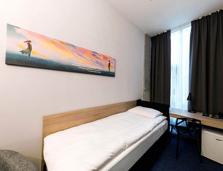 hotel in vilnius single bed room